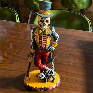 NEW Dia de Los Muertos Day of the Dead Figurine